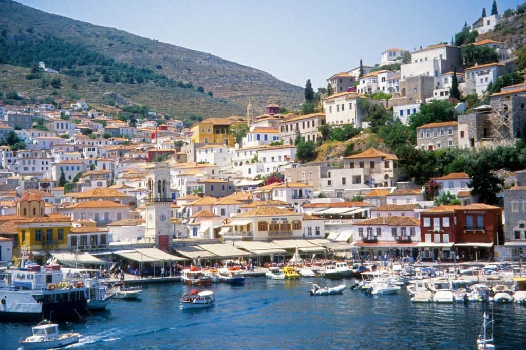 Top 4 islands close to Athens!