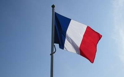 L'utilisation des drapeaux de pays à des fins commerciales est-elle réglementée ?