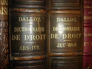 dos de livres de droit Dalloz