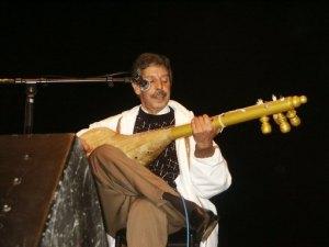 Photographie de Mohamed Rouicha en concert