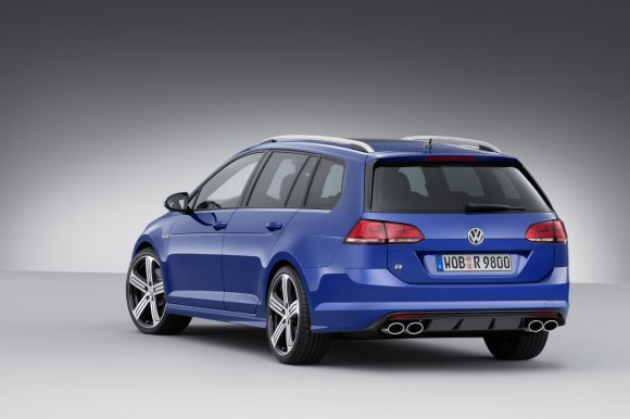 VW-Golf-R-Variant-001