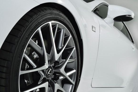 2015_Lexus_RC_350_F_SPORT_013