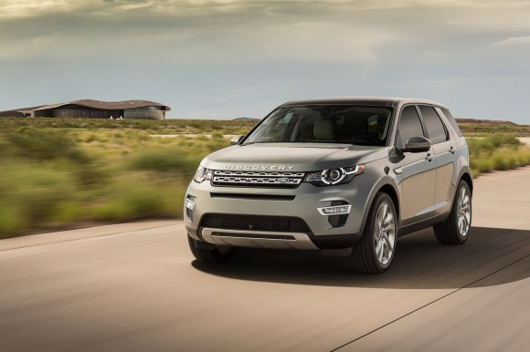 LR-Discovery-Sport-10