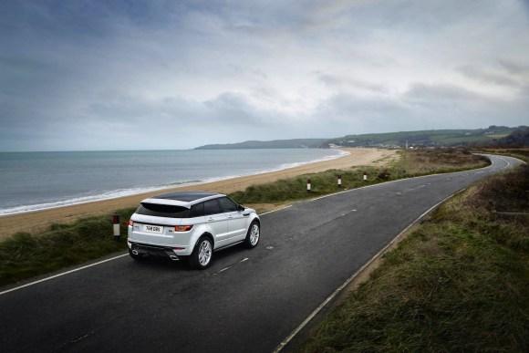 MY16_Range_Rover_Evoque_EXT_LOC101_PR