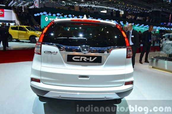 2015-Honda-CR-V-rear-view-at-2015-Geneva-Motor-Show-1024x678