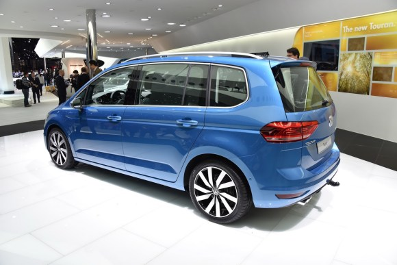 VW-Touran-New-17