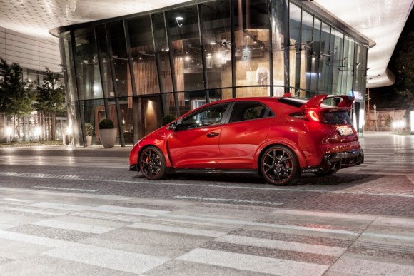 2015-honda-civic-type-r-euro-press-photo-18-850x567