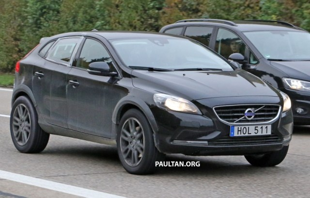 2015-volvo-xc40-test-spy-test-mule-1-copy-850x542