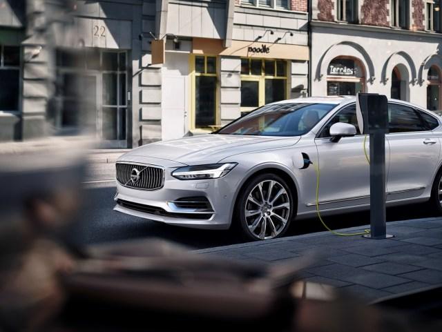 Volvo-S90-New-48
