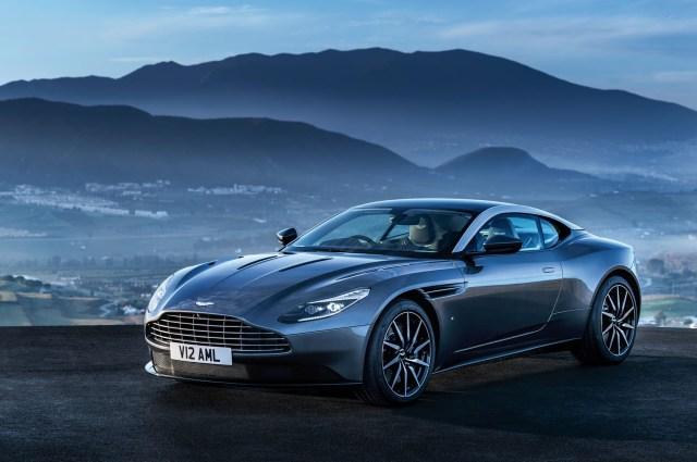 Aston-Martin-DB11_CS2