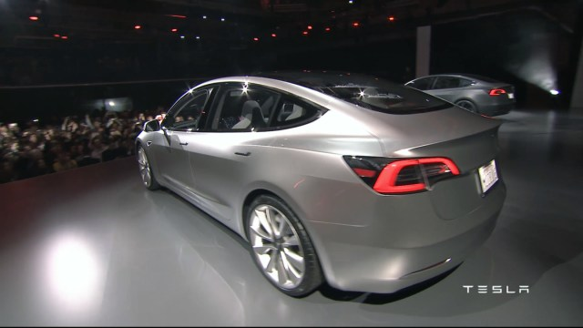 tesla-model-3-unveiling (4)