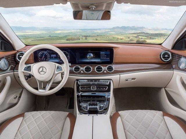 Mercedes-Benz-E-Class_Estate-2017-1280-2f