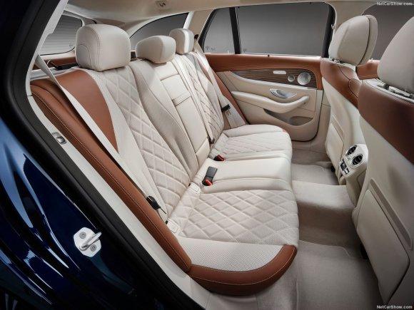 Mercedes-Benz-E-Class_Estate-2017-1280-32