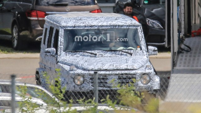 2017-mercedes-benz-g-class-spy-photo (5)