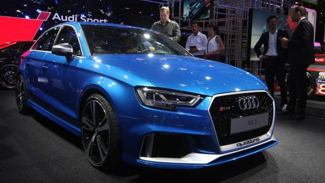 2017-audi-rs3-sedan-paris-motor-show