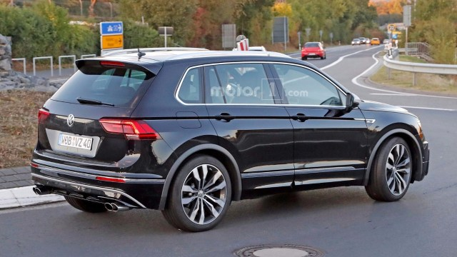vw-tiguan-r-spy-photos1-4