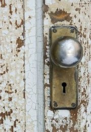 When Is It Time to Replace Your Front Door Locks?
