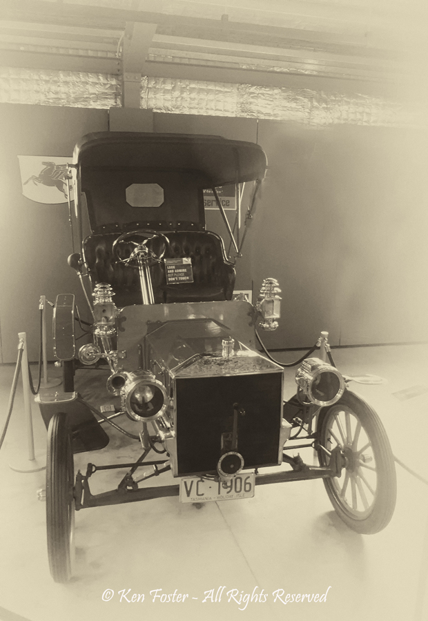 1906 model Ford by Ken Foster