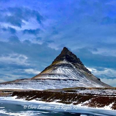 Kirkjufell valley by Chris Laursen