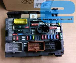 9675878280  Engine Fuse Box