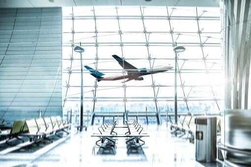 melhor dia da semana para comprar passagens aereas