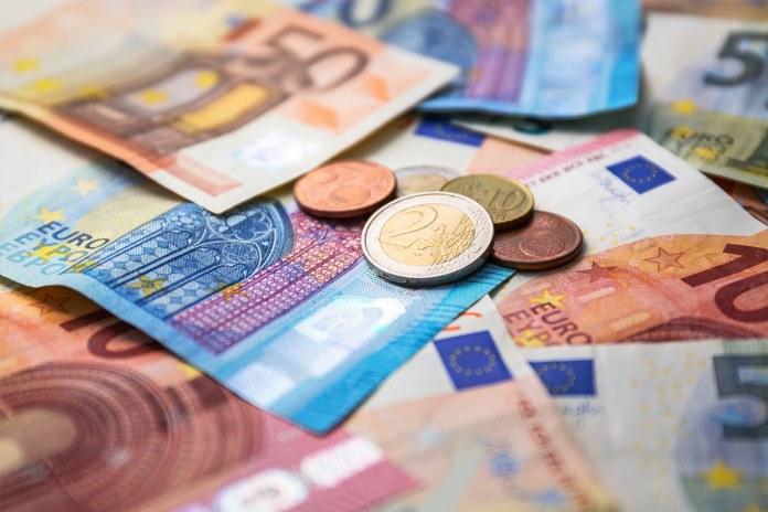 Comparador de envio de dinheiro para a Europa: compare e economize