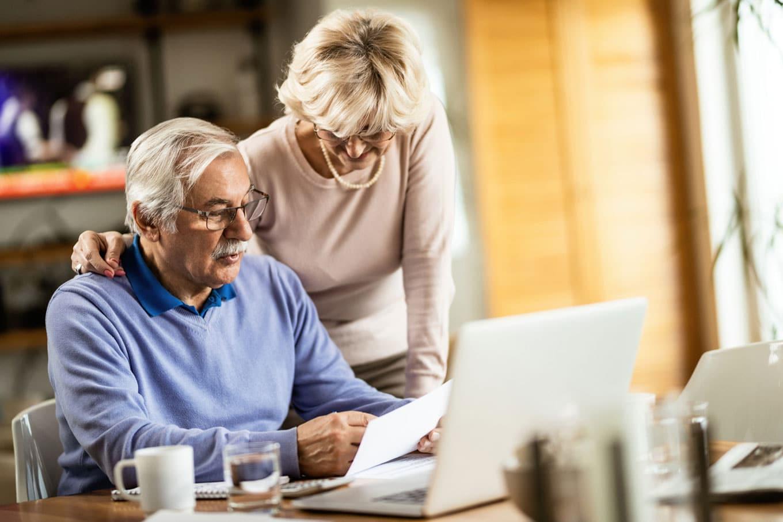 Como receber aposentadoria morando no exterior