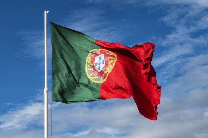 Trabalhar em Portugal com visto de turista: saiba se é possível