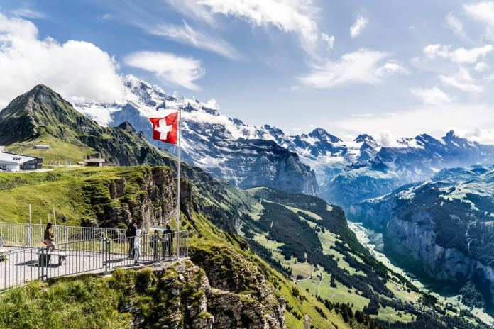 Morar na Suíça: tudo o que você precisa saber para mudar