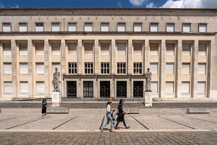 melhores faculdades portuguesas