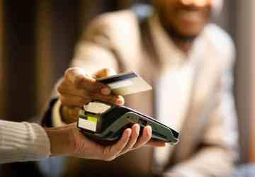 Cartão de débito no exterior