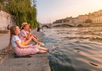 Fazer amigos na França