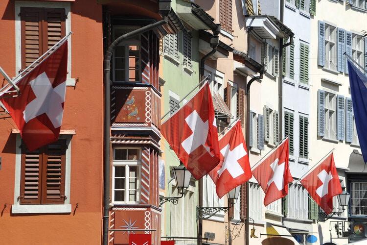 Quanto custa morar na Suíça