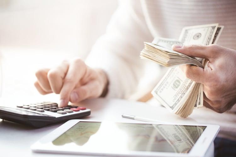 Cálculo de envio de dinheiro para o exterior