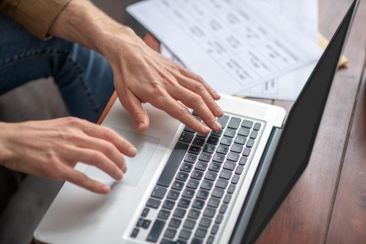 Como abrir conta na Europa online