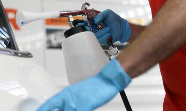 ¿Cuál es la mejor forma de higienizar y desinfectar un coche?
