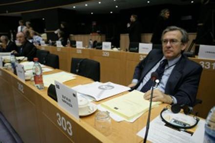 José María Zufiaur, mecanismo sin validez jurídica