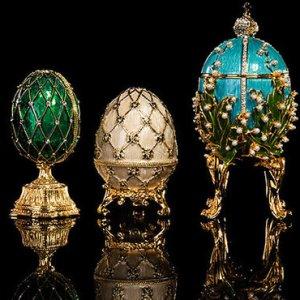 Húsvéti tojások aranyból és gyémántból
