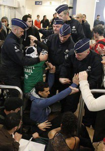 Israel checkpoint Zaventem Brussels 15 - 4 - 12 (2)