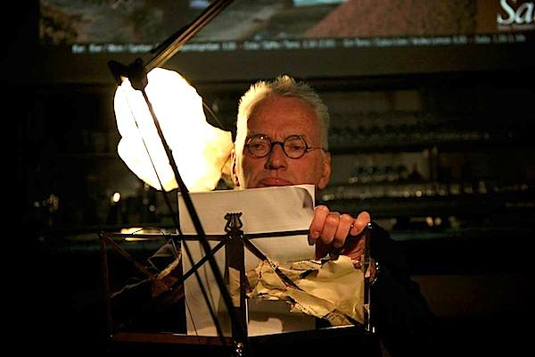 Horst Schily war an der 1. LiteraTurnhalle im Brick-5 beteiligt. (Foto: Salon5)