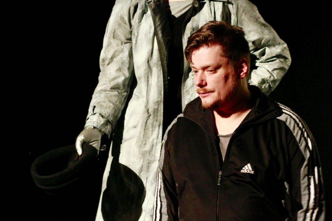 "Florian Lebek in ""Trokut"" (c) David Rodriguez"