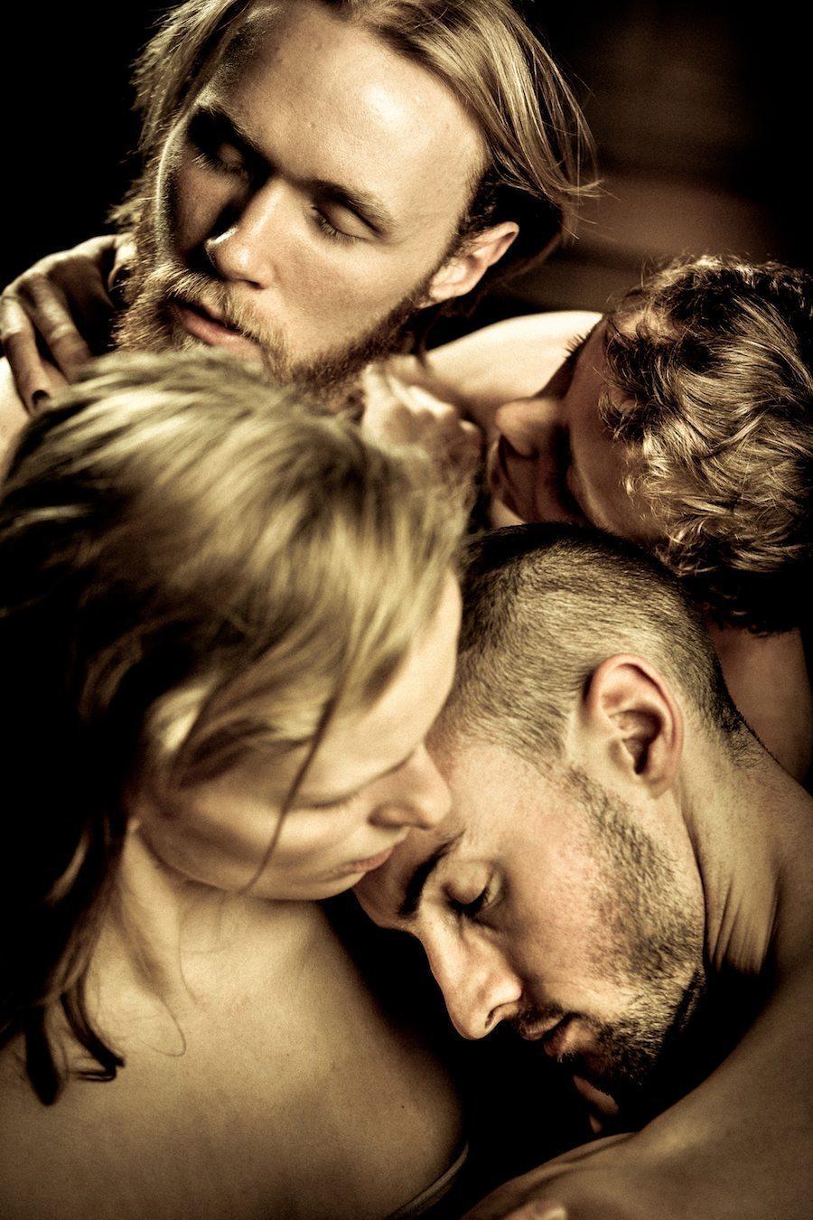 Wim Vandekeybus - Impulstanz Wien - speak low if you speak love