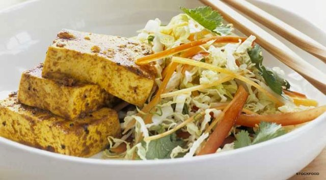 chinese-cabbage-salad-tofu