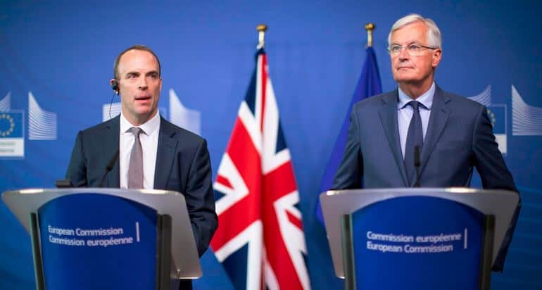 UK's Brexit Plan Partly 'Positive', Not 'Dead in the Water', EC Says over Barnier Controversy