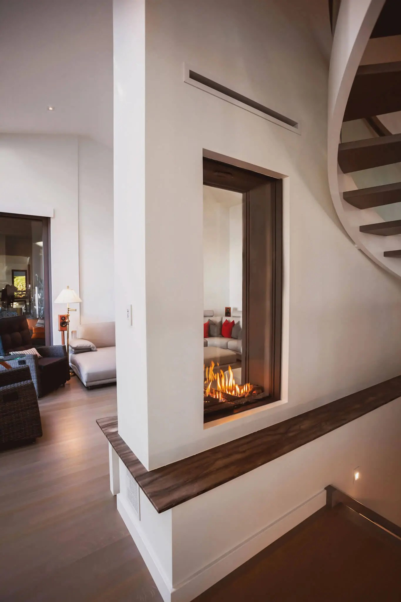 Sky T Element4 Vertical See Through Gas Fireplace