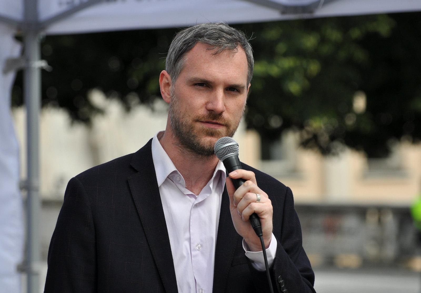 Greens: Mayor of Prague under threat