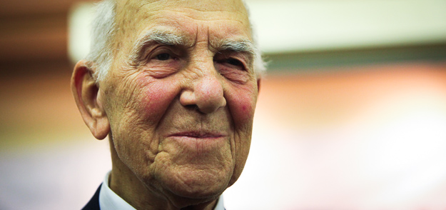 Farewell to Stéphane Hessel, the man who gave ideological substrate to the social unrest