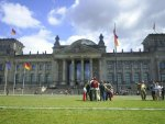 TV-Duel Adds Increased Tension to Teutonic Poll