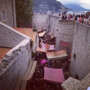 Familiar? 'Shame, shame...' (streets of Dubrovnik) (watchersonthewall.com)