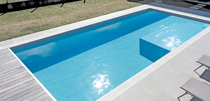 piscines coques polyester
